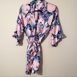 Vintage Victoria's Secret Silk Sea Shell Robe OS